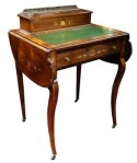 Lot 152: Very fine Edwardian inlaid rosewood Ladies' desk with drop leaves, on cabriole leg, date circa 1900 est. €800/1200