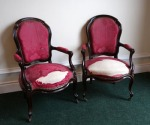 Lot 196: Pair of Victorian rosewood library arm chairs on cabriole leg est. €600/900
