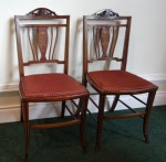 Lot 22: Pair of Edwardian mahogany inlaid drawing room chairs est. €200/400