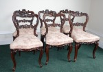 Lot 82: Exceptionally fine set of six Victorian rosewood dining room chairs on cabriole leg est. €800/1200