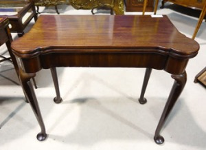 Lot 115: An Irish 18th Century, Fold Over Card Table, on a Cabriole Leg est. €2500/3500